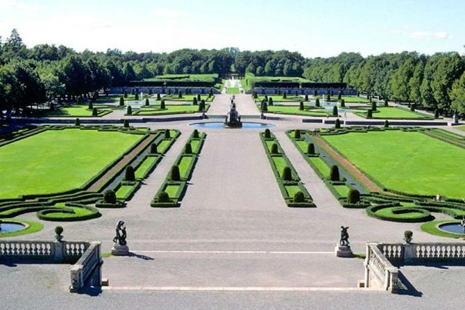 Visit the Royal Palace Park