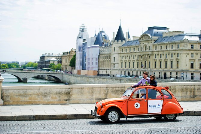 Exclusive Private Paris Tour by Citroen 2CV