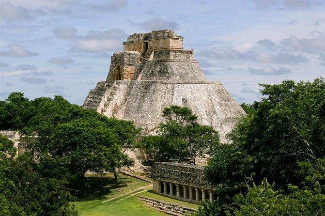 Private Tour: Uxmal & Hacienda Sotuta de Peon by Yucatan Concierge