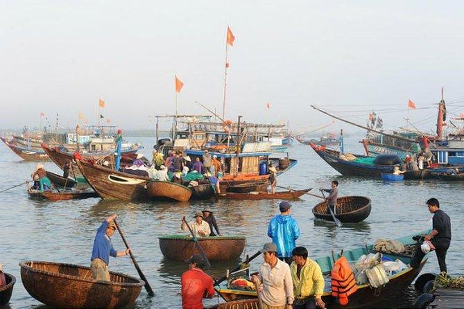 Sunrise Fish Market Tour in Hoi An