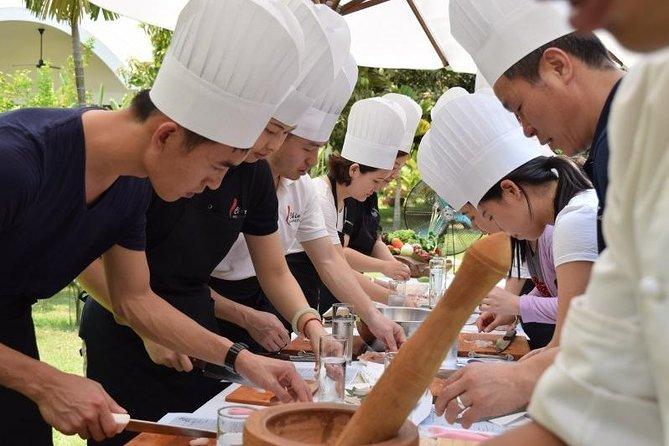 Siem Reap Cook in a Tuk Tuk (Cooking Class)