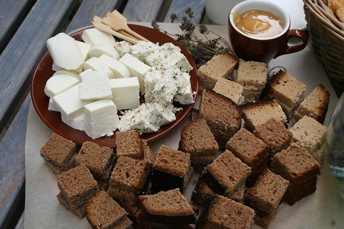 3-Hour Vilnius Food Insider Walking Tour and Tastings