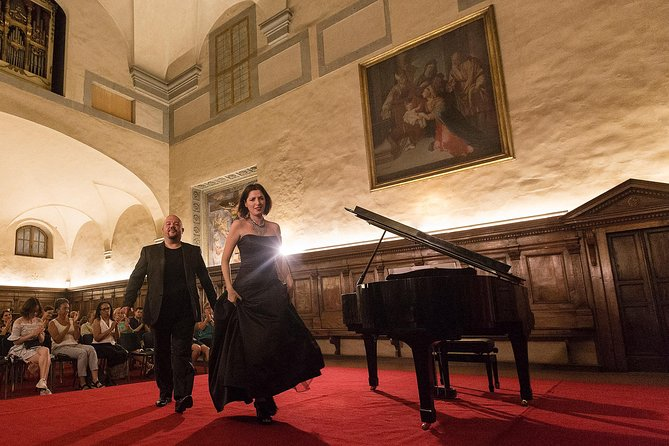 Italian Opera in Santa Monaca Church with Dinner