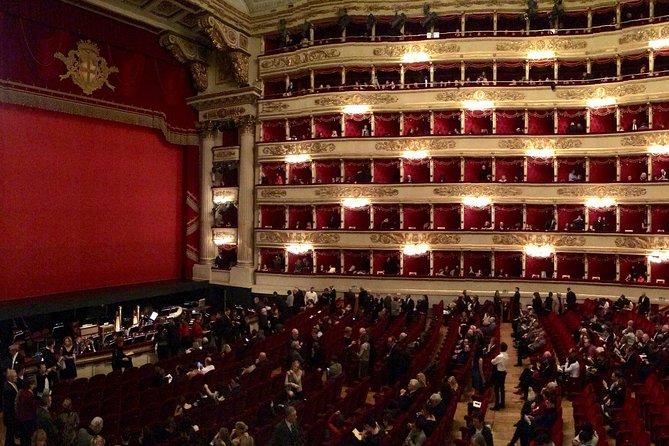 Milan: Private Guided Tour of Teatro alla Scala Museum