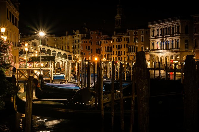 Private Gondola Ride by Night in Venice