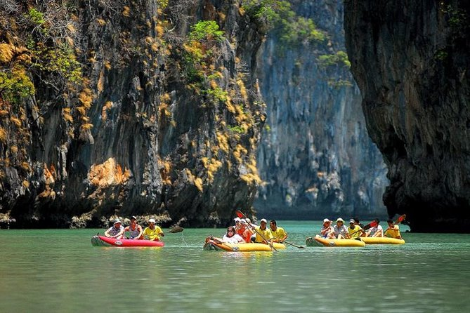 James Bond Adventure, Tour with Canoe