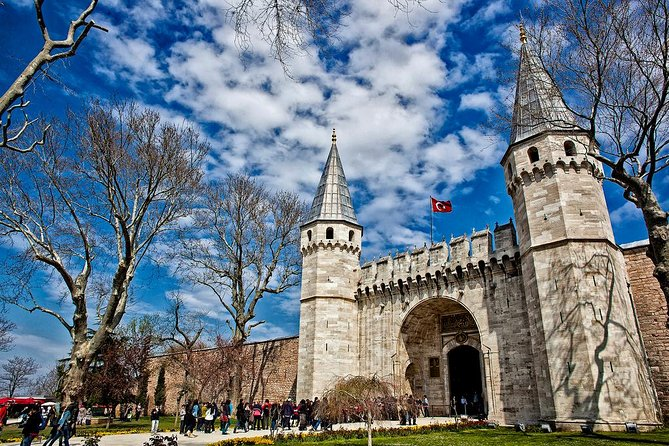 Guided Halfday Tour to Topkapi Palace_Grand Bazaar