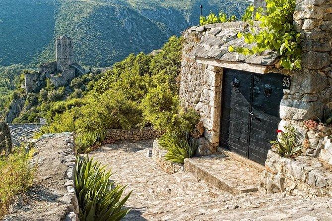 Pearls of Herzegovina: Blagaj, Pocitelj, Mogorjelo, Kravice Waterfalls and Medjugorje Day Trip from Mostar