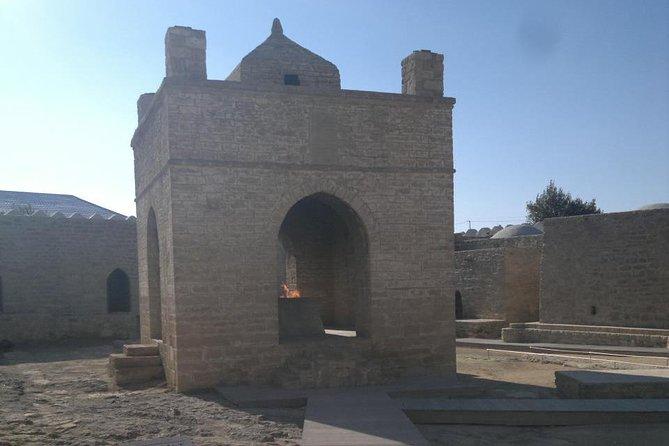 Day-Tour Visiting Zoroastrian Temple and Burning Mountain From Baku