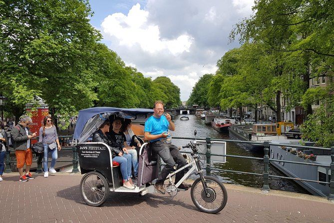 2.5 hours Amsterdam Pedicab Tour