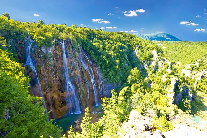 Zagreb to Zadar private transfer with Plitvice Lakes (or vice versa)