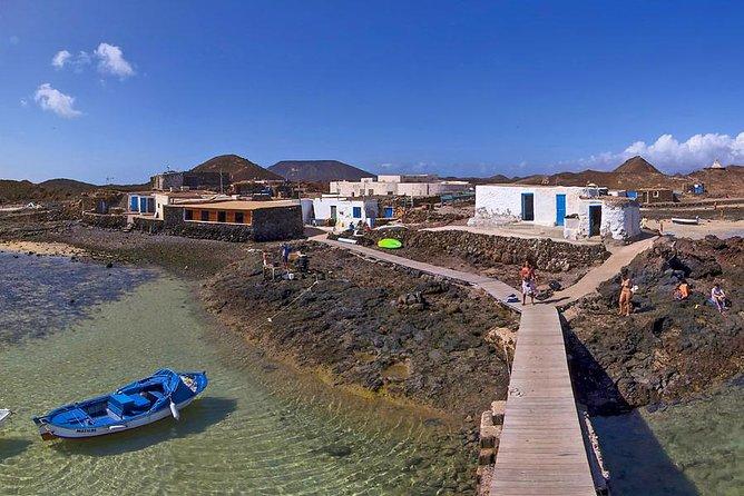 Halbtägiges Los Lobos Entspannen und Segeln. Inselhopping ab Lanzarote ohne Abholung