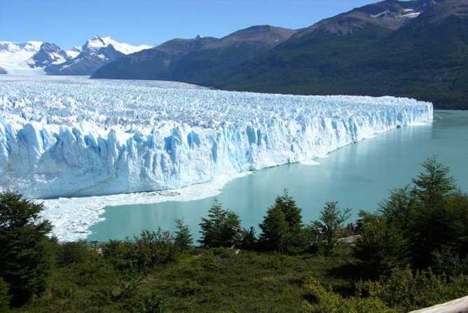 Flugreise mit 3Übernachtungen nach El Calafate ab Buenos Aires einschließlich Perito-Moreno-Gletscher