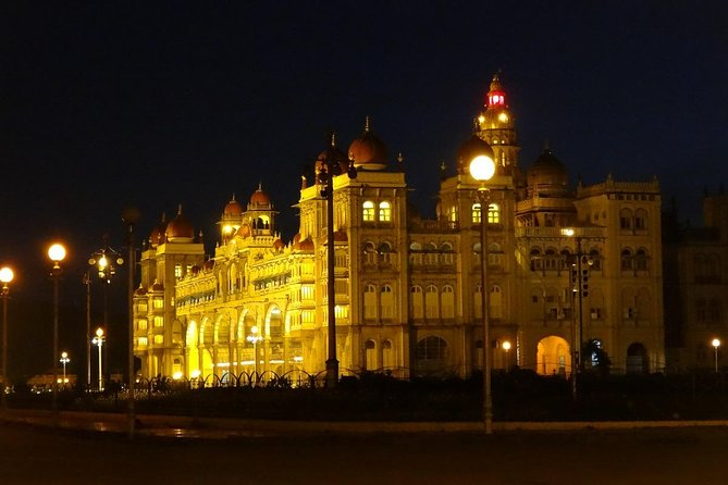 Bangalore - Full day private excursion tour to Mysore with lunch