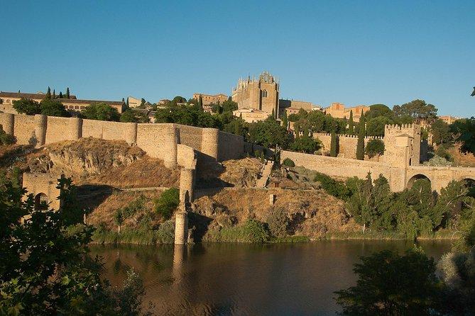 Fuld Toledo Tour med katedral og Madrid turistbus med autentiske Tapas