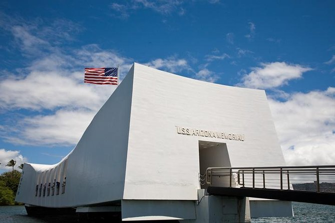 Intimate USS Arizona Memorial and Historic Honolulu Tour