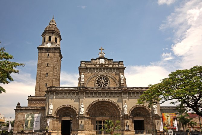 Manila Layover Tour: Overnight City sightseeing with Round-Trip Airport Transfer