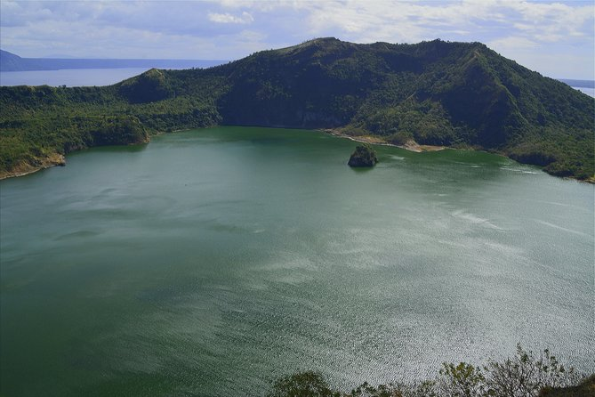Manila Super Saver: Manila Sightseeing plus Tagaytay Tour with Taal Volcano