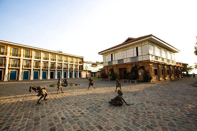 Heritage Day Trip to Las Casas Filipinas from Makati or Manila Bay