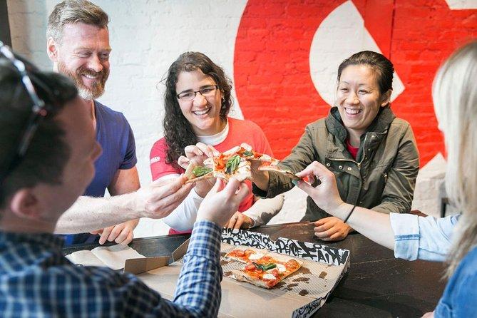 Lonely Planet Erlebnisse: DC Food und History Tour auf der H Street mit einem Einheimischen
