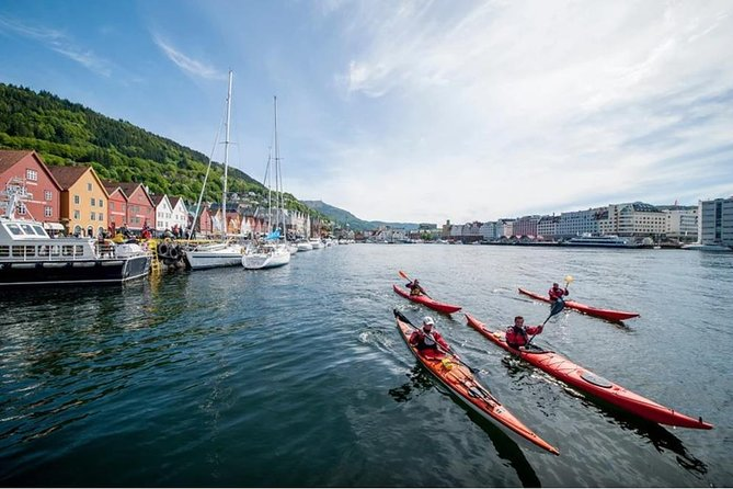 Private Tour: Kayaking tour in the middle of Bergen
