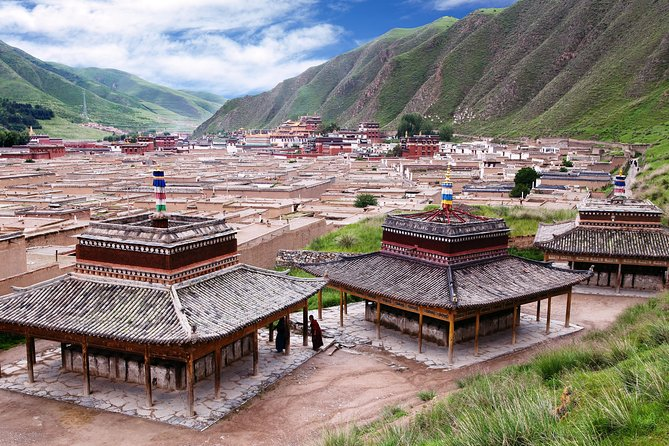 Prayers in the Plateau: Exploring Tibetan Nomad Life