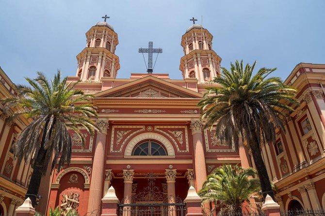 Visite à pied des principaux attraits de la ville de Santiago - Demi-journée privée