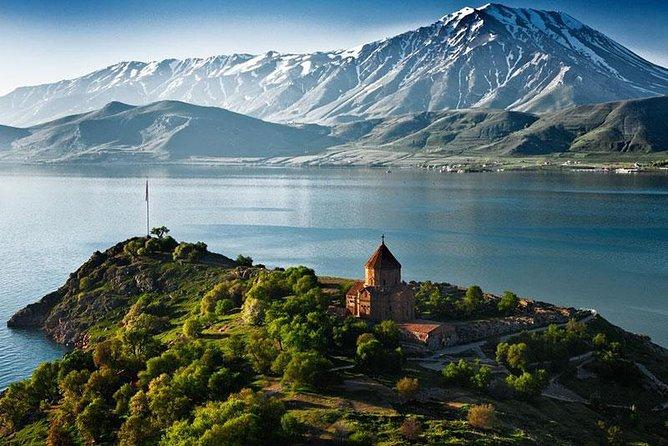 Excursión al lago Sevan Dilijan Haghartsin