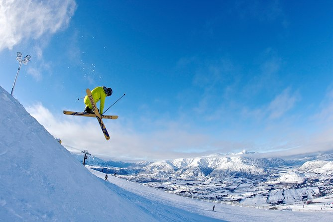 Coronet Peak Round-Trip Ski Transfer from Queenstown