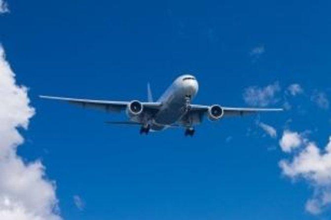Shared Round-Trip Transfer: Nassau Airport