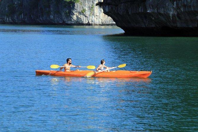 Cat Ba Island 3 days, 2 nights trip: 1 night in monkey island, 1 night on boat