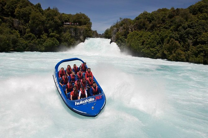 7 Day North Island Adventure Tour