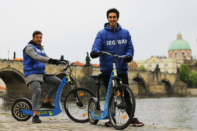 PRIVATE Live-Guided e-Scooter Tour of the Old Town of Prague, 60 min