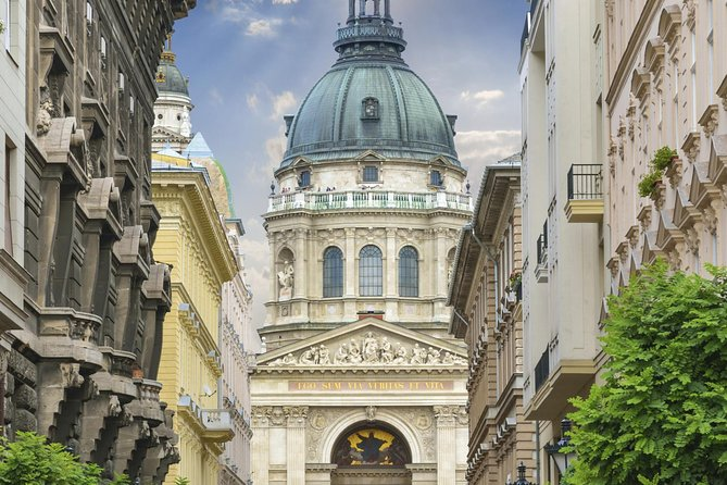 2- or 3-Night Independent Stay in Budapest with Budapest Card and Dinner Cruise
