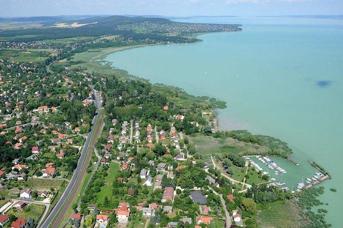 Budapest-Lake Balaton Vuelo panorámico en avión privado