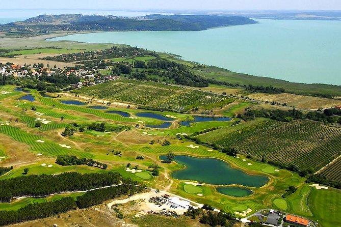 Vuelo en helicóptero en el lago Balaton desde Budapest