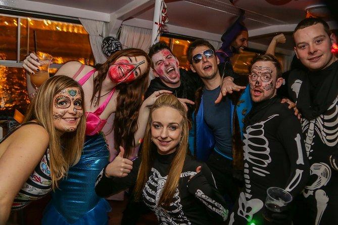Crucero de fiesta de Halloween en el Danubio