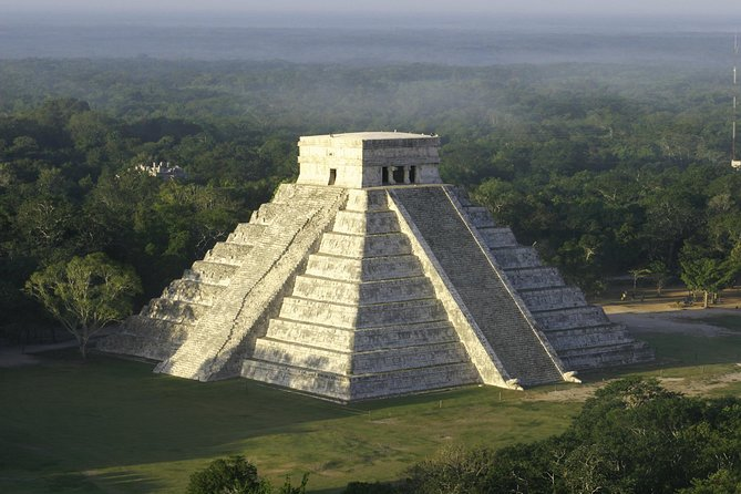 Chichén Itzá: Private Guide & Transportation from Progreso