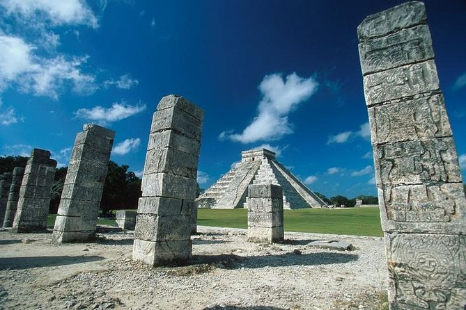 Excursión combinada en Yucatán Gray Line: Chichén Itzá de lujo + Uxmal + la excursión por la ciudad de Mérida