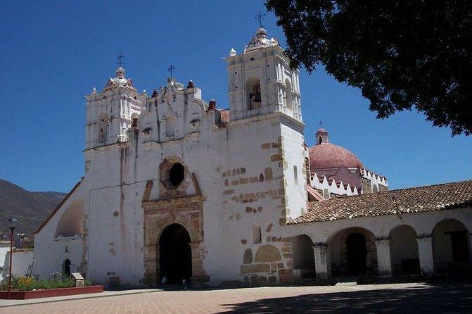 El Tule Teotitlan Village and Mitla Ruins Tour from Oaxaca
