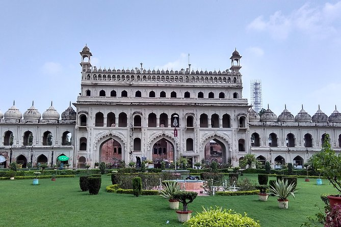 Private Custom Tour: Lucknow Sightseeing with Guide