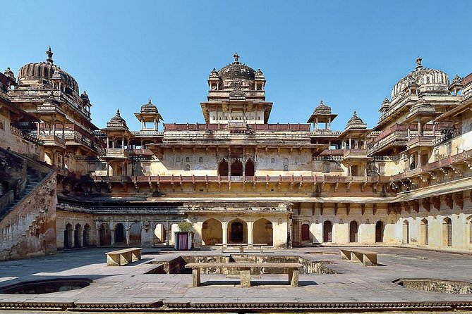 Private Custom Tour: Orchha Sightseeing with Guide and transfers