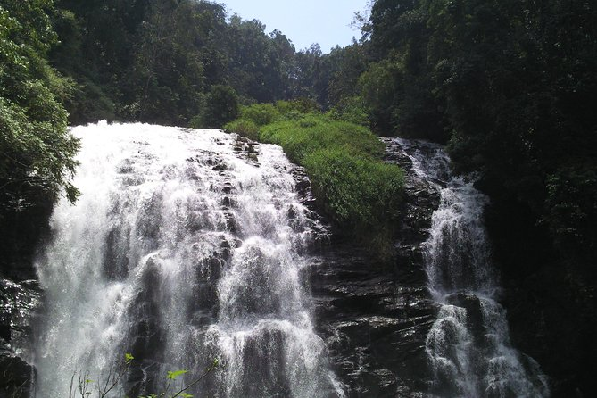 Private Custom Tour: Coorg Sightseeing with Guide in an air-conditioned vehicle