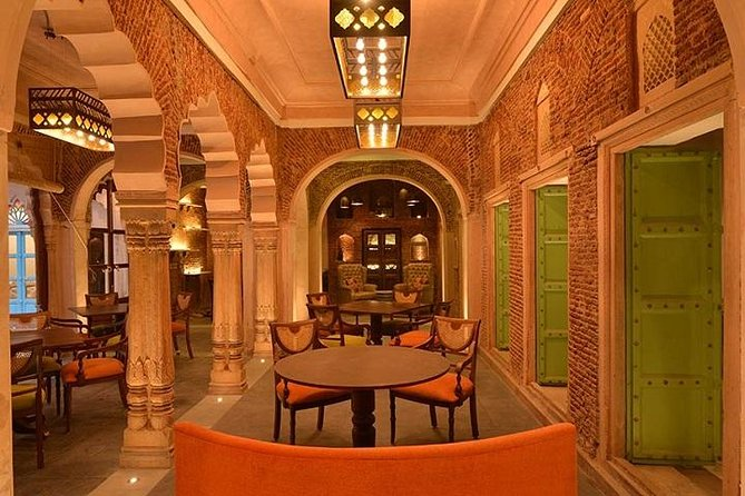 Private Tour: Old Delhi with Dharampura Haveli Including Meals