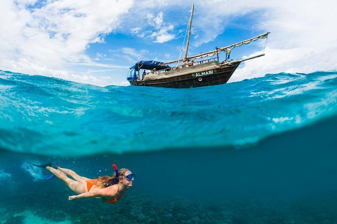 PILLI PIPA DHOW, the genuine product, snorkeling tour to Kisite Marine Park
