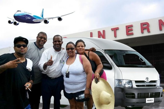 Private Round-Trip Airport Transfer to Montego Bay Hotels