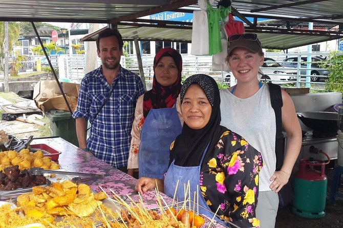 A Bite of Borneo Walking and Biking Small Group Food Tour of Kuching
