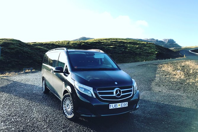 Private Luxury Airport Transfer Reykjavik