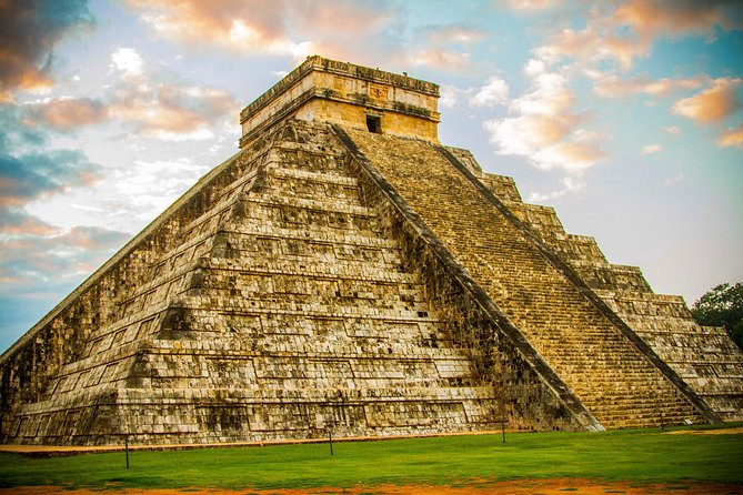Exclusive Early Access to Chichen Itza & Early Access to Tulum Ruins