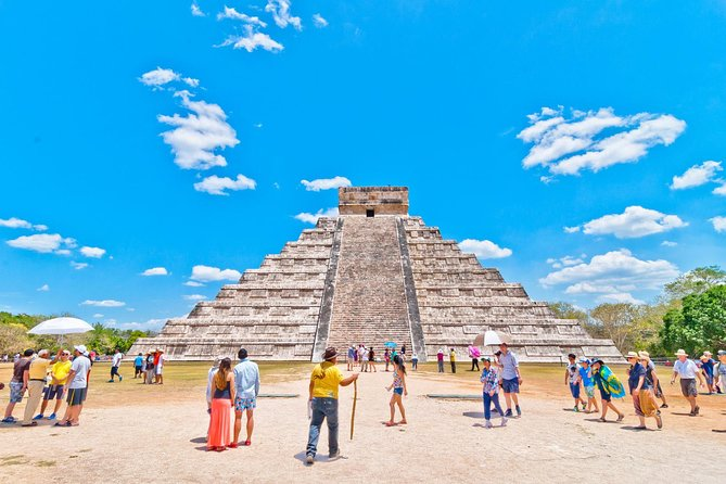 Private Tour to Chichen Itza with Archaeologist from Playa del Carmen